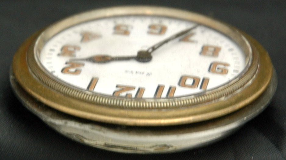 Beautiful Octava Watch Company Switzerland 15 Jewelsl 2 ...